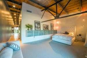 Ice House Loft 122 Master Bedroom