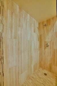 Ice House 119 Bathroom