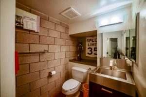 Ice House 115 Guest Bathroom