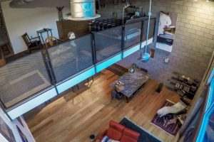 Ice House 115 Upstairs Loft