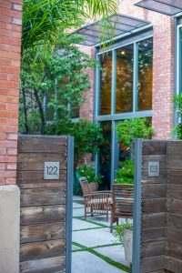 Ice House Loft 122 Patio Gate