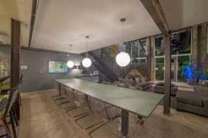 Ice House Loft 122 Dining Area