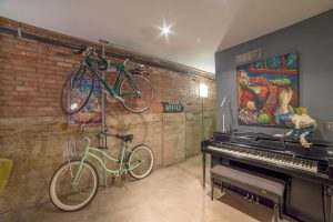 Ice House Loft 122 Greatroom